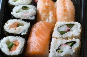 sushi-57298_640