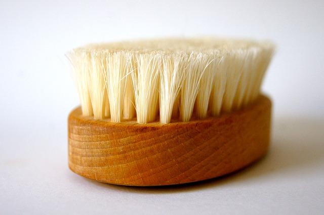 brush-96238_640